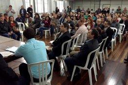 Em reunião, artesãos recusaram ir para praça Fernando Machado