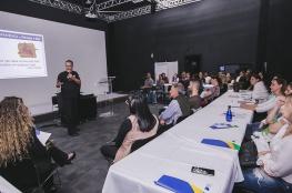 Empresários debatem gestão e reforma trabalhista na região do Norte da Ilha
