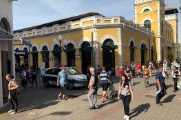 CDL de Florianópolis acompanha ação para livrar a cidade dos ambulantes ilegais