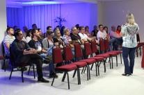 Gestão de equipe e motivação são discutidos em palestra no Norte da Ilha